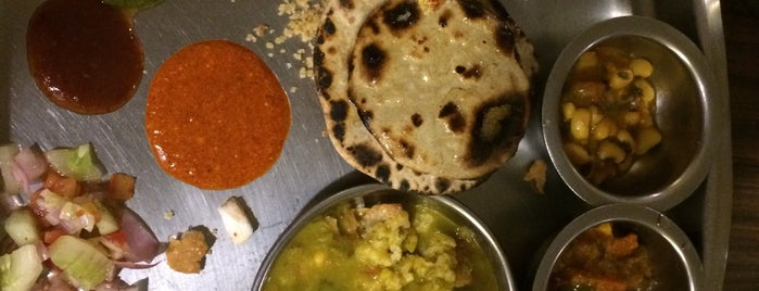 Rajdhani Thali is one of Delhi.