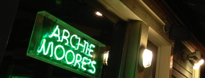 Archie Moore's is one of Fan-fave spots to catch the #Isles on TV.