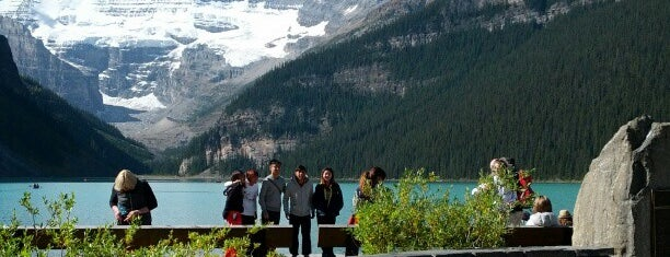 Lake Louise is one of World Heritage Sites!!!.