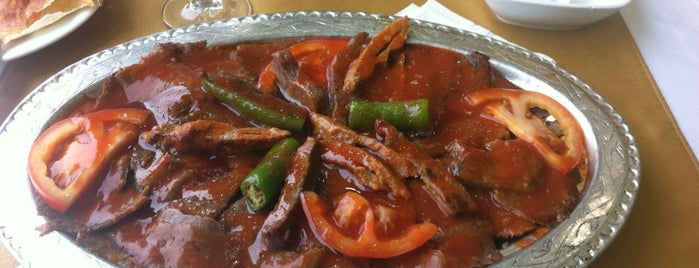 Bursa İskender Kebapçısı is one of Lieux qui ont plu à Tekin.