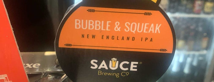 Beer Deluxe is one of Lugares favoritos de Darren.