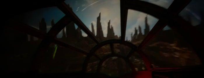 Millennium Falcon: Smugglers Run is one of Fernando 님이 좋아한 장소.