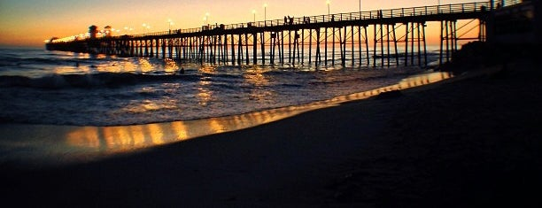Oceanside Municipal Fishing Pier is one of San Diego/ o county must dos!.