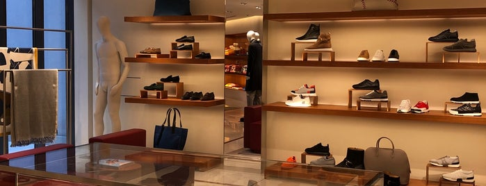 Hermès is one of THE BEST.....