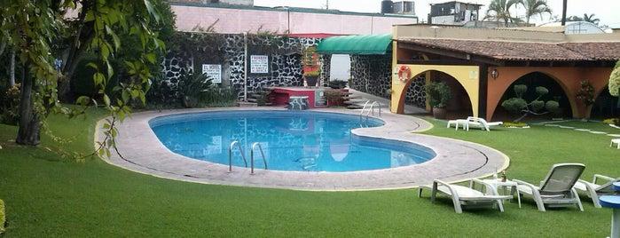 Hotel Hacienda Jiutepec is one of Alex: сохраненные места.