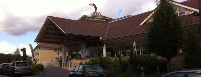 VanderValk Hotel Charleroi Airport is one of Lugares guardados de Thomas.