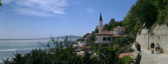 Balchik beach is one of Orte, die Valentina gefallen.