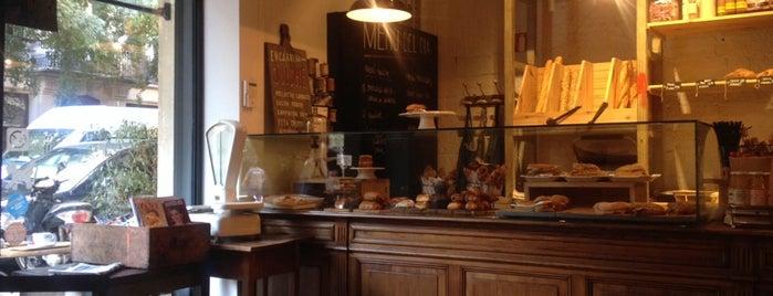 Molika Cafe is one of Bars.