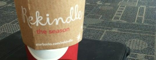 Starbucks is one of Tempat yang Disimpan kazahel.