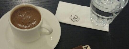 Zorlu Center Vakko Santiyesi is one of Istanbul.