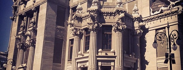 Будинок з химерами / The House with Chimaeras is one of Tempat yang Disimpan Scott.