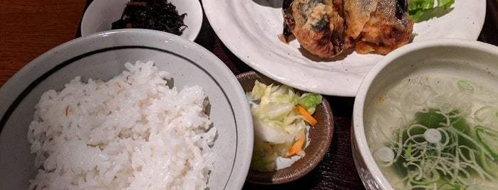 牛舌とワインのお店 もんや is one of Katsu'nun Beğendiği Mekanlar.