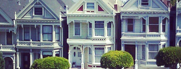 Painted Ladies is one of San Francisco, CA Spots.