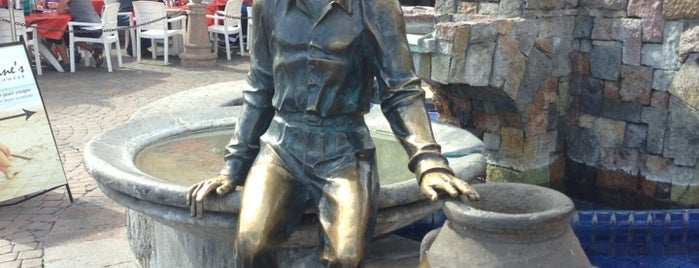 Sonny Bono Statue is one of Guide to Palm Springs's best spots.