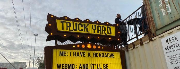Truck Yard is one of Posti che sono piaciuti a Nelly.
