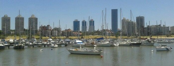 Muelle Puerto del Buceo is one of Locais curtidos por Daniela.