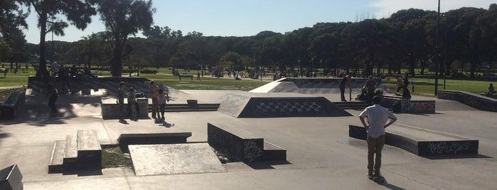 Converse Skate Plaza is one of Lugares favoritos de Martin.