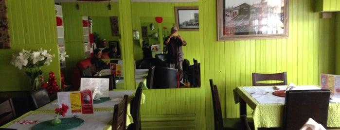 Masala Valley Indian Restaurant is one of Christopher: сохраненные места.