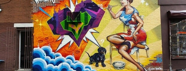 Mott Haven is one of Kickin' it in the Bronx!.