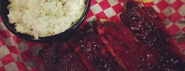 Famous Dave's Bar-B-Que is one of Bite Squad Delivers (Mpls.).