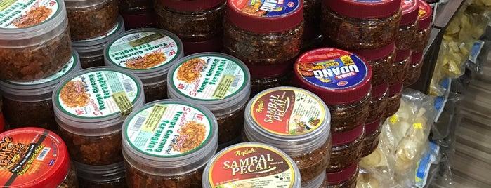 My Delicacies By SuriNiaga is one of Tempat yang Disukai 🐝Nhag.