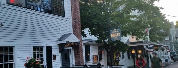 Little Bar @ A-House is one of Orte, die Barry gefallen.
