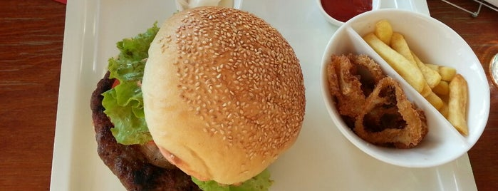 Don Don Z burger is one of Zagreb favorites <3.