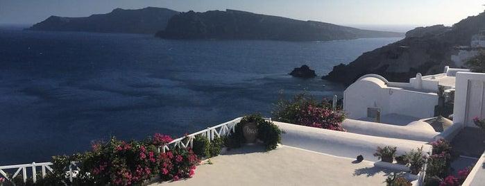 Santorini Sailing is one of Tempat yang Disukai Jenni.