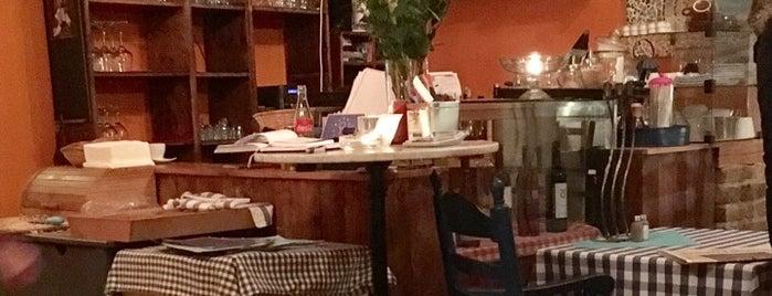 Blaue Tische is one of Testen: Essen.