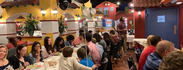 El Novillo Restaurant is one of Lugares favoritos de Val.
