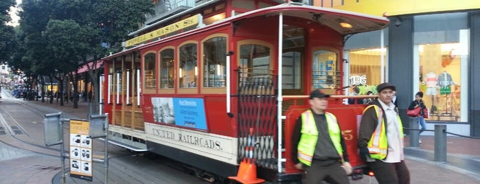 Powell Street Cable Car Turnaround is one of to-do in sf.