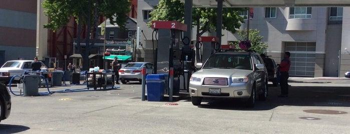 Berkeley Touchless Car Wash is one of Locais salvos de Chris.
