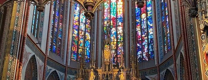 """Rooms-Katholieke Kerk """"De Krijtberg"""" is one of Amsterdam para Maria y Antonio."""