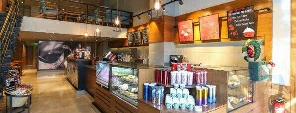 Starbucks is one of Ankitさんのお気に入りスポット.