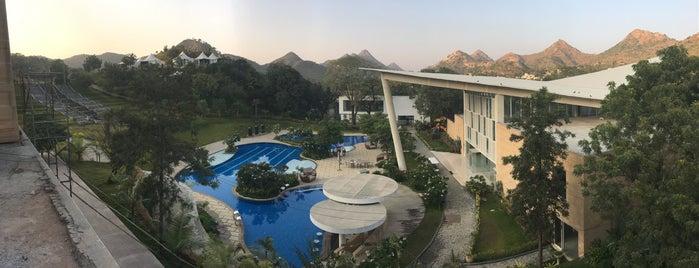 Taj Aravali, Resorts & Spa is one of Locais curtidos por Sravanti.