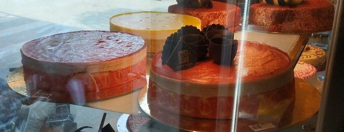Anh Hoà Bakery 38 Phùng Hưng is one of Hanoi.
