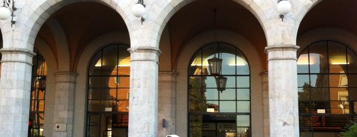 Binario 6 is one of Pisa.