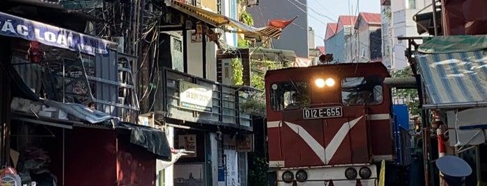 Hanoi Street Train is one of Hanoi Faves.