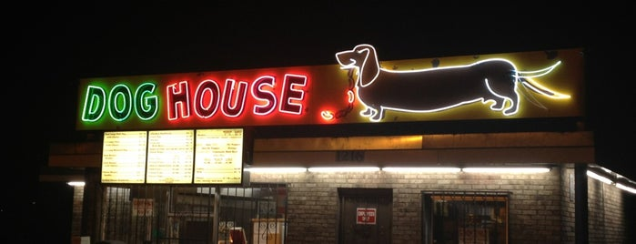 Dog House Drive In is one of Albuquerque.