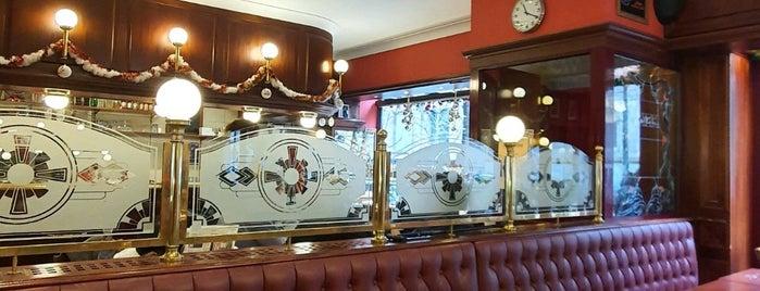 Café-Brasserie LE MICHEL is one of tredozio.