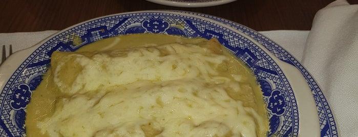 Sanborns is one of Locais curtidos por René.