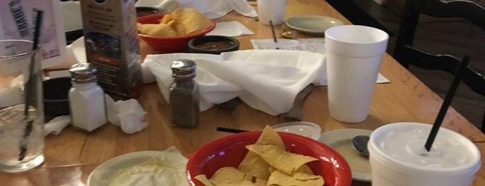 EL Rincon Mexican Kitchen & Tequila Bar is one of Lieux qui ont plu à Angela.