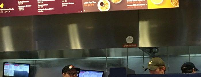 Noodles & Company is one of Posti che sono piaciuti a Amy.