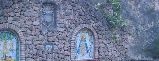 Fuente de los Baños is one of Posti che sono piaciuti a Miranda.