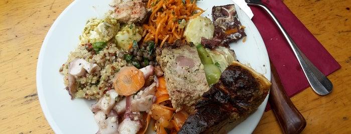 Chez Casimir is one of Paris food.