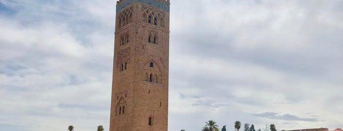 Mosquée de la Koutoubia (جامع الكتبية) is one of สถานที่ที่ 🌸Noodle ถูกใจ.