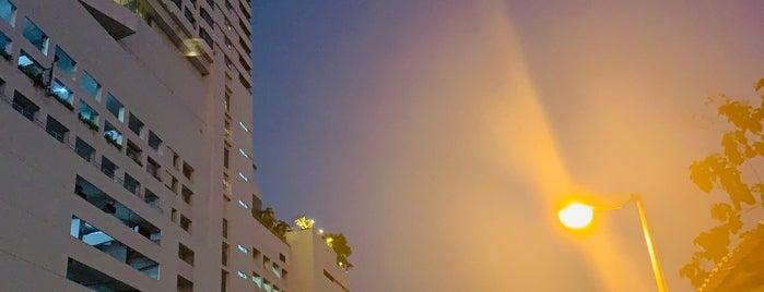 Prince Palace Hotel is one of Posti che sono piaciuti a TubaS.