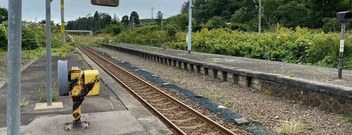 Yamakoshi Station is one of JR 홋카이도역 (JR 北海道地方の駅).