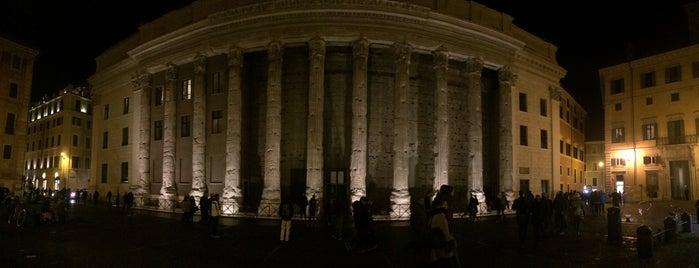 Panteón de Agripa is one of Lugares favoritos de Monica.