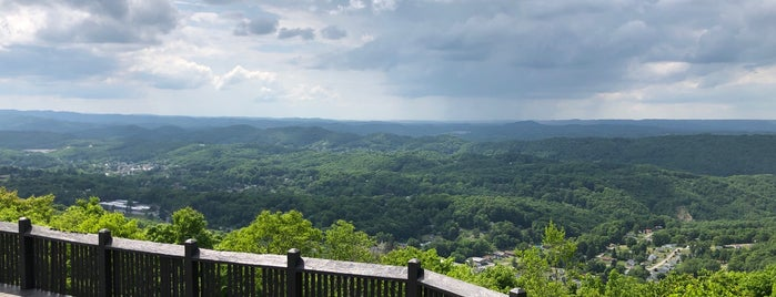 East River Mountain Overlook is one of bossy adventure..